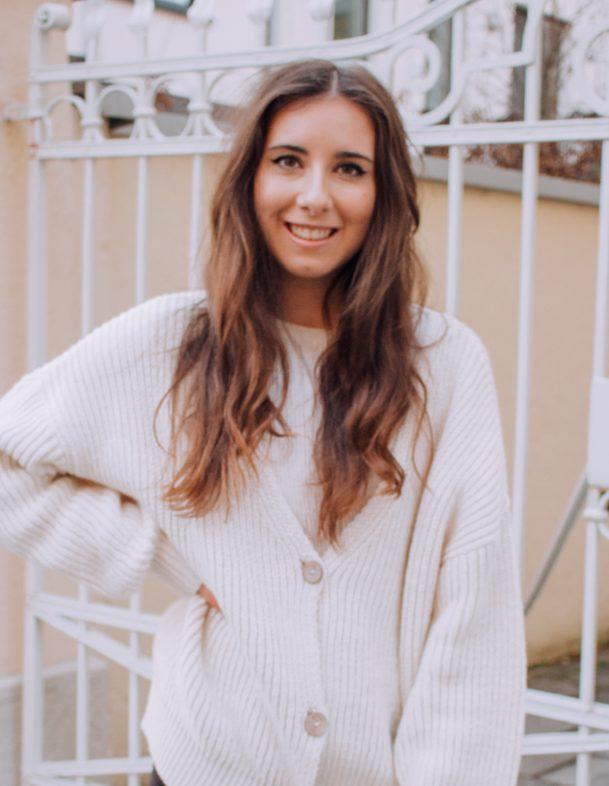 Larissa Mariposa